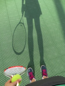 Since it's difficult to take a picture of yourself playing tennis, I opted for a shadow selfie.
